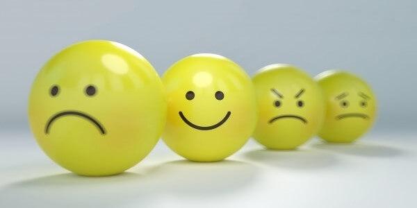 leczenie nerwicy i dlaczego trzeba zadbać o nerwy i zmienne nastroje