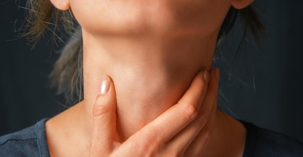 gula w gardle spowodowana nerwami i stresem